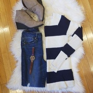 Navy and white sweater!